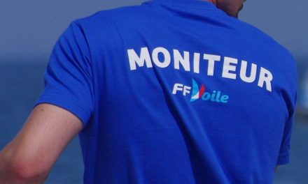 Le Club Nautique de Castillon dans les Alpes de Haute Provence recrute un moniteur de voile pour l'été 2018
