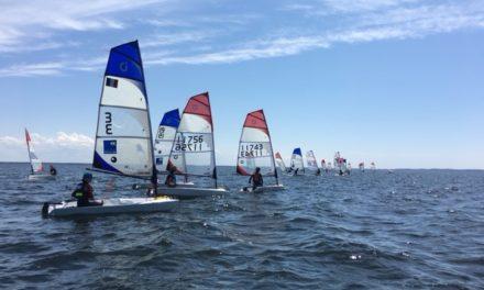 Première «régate» d'entrainement (coach regatta) Open Skiff à Cazaux Lac