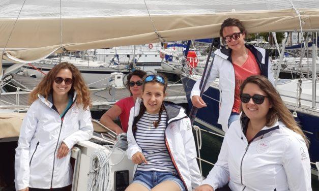 Equipage 100% féminin sur le Tour de Charente-Maritime : un pari réussi pour la commission féminine de la LVNA